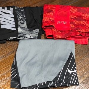 Lot of 3 - NIKE shorts boys medium
